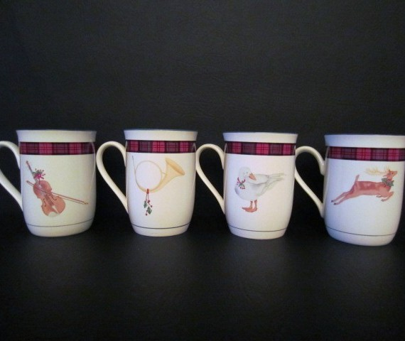 Arita Sasaki China Tartan Plaid Deer, Horn, Violin and Goose Mugs