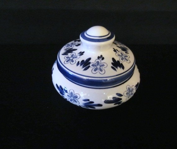 Delft Powder Jar Blue and White Flower Trinket Box with Lid