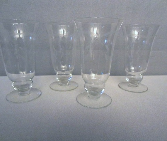 Parfait Water with Etched Design Glasses Goblets
