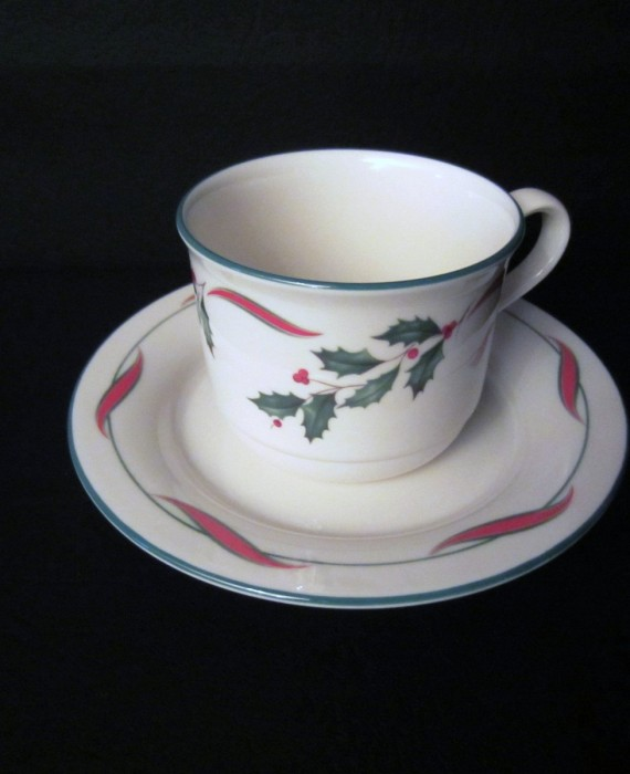Lenox Country Holly Cup and Saucer Set USA