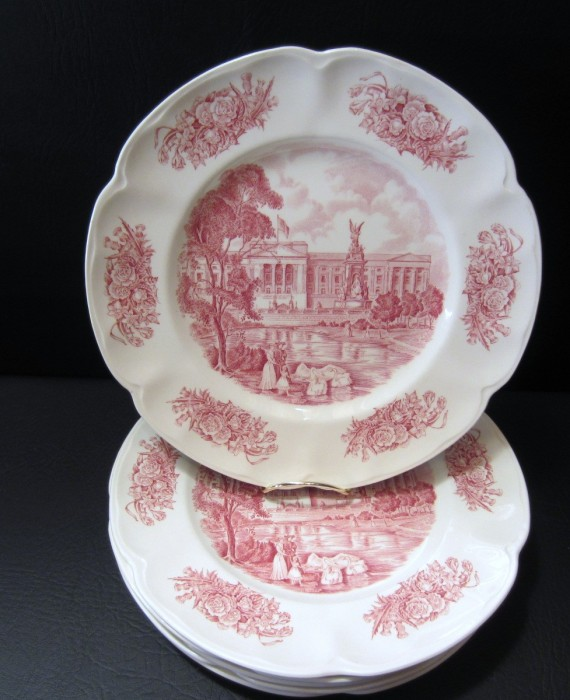 Johnson Brothers Royal Homes of Britain Buckingham Palace Red Dinner Plates