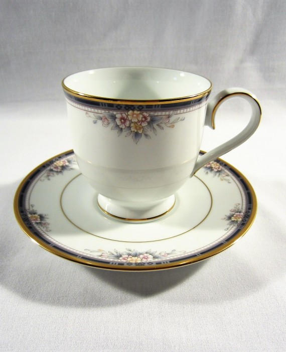 Noritake Ontario 3763 Blue Gold Band Pink Flowers Cup & Saucer