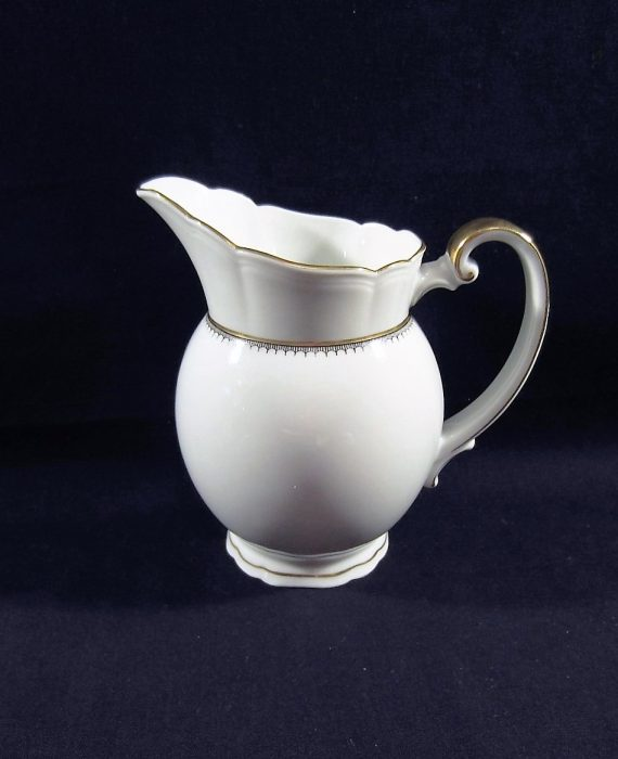 Arzberg Europa White Gold Black Scalloped Creamer