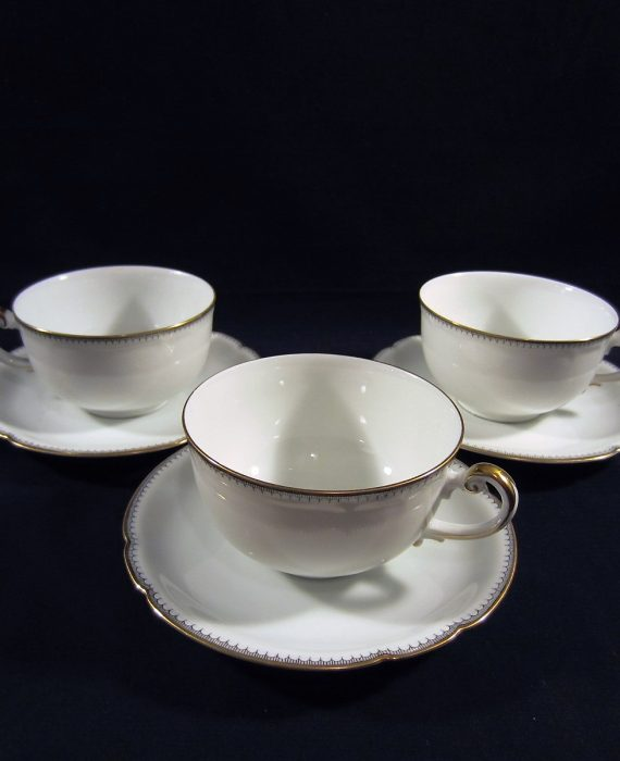 Arzberg Europa White Gold Black Scalloped Cups & Saucer Sets