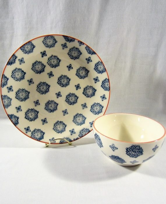 Matceramica Portugal Blue Flowers Red Trim M2A22 Bowl & Dinner Plate